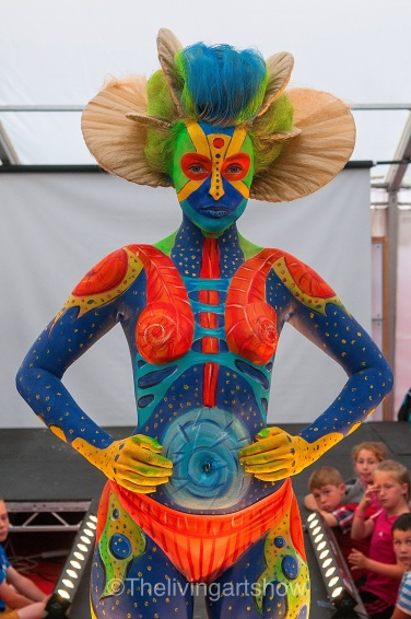 Body painting design- Artiste Bobbi Picker Molly Robbo Model