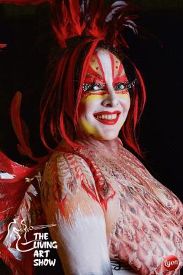 the-living-art-show-model-ann-templar-artistes-dee-love-and-ziggy-angus-pairs-award-sponsors-magic-box-min